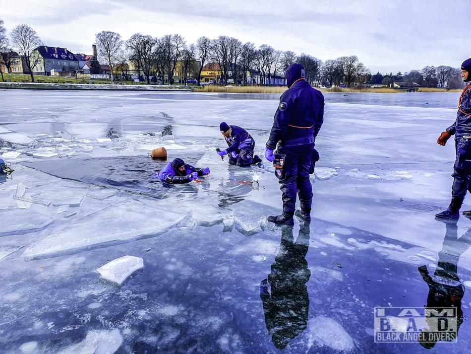 Kurs Ice Diver - rozwiązywanie problemów