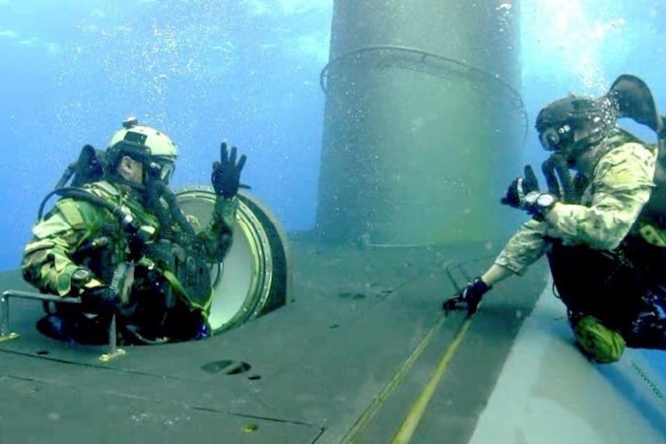 Odziały specjalne podczas szkolenia w łodziach podwodnych