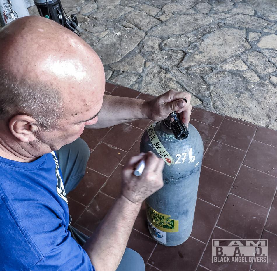 Oznaczanie butli z nitroksem