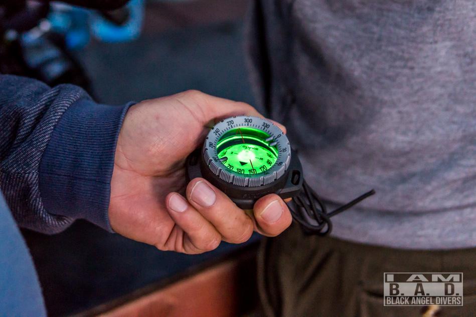 Nawigacja z użyciem kompasu