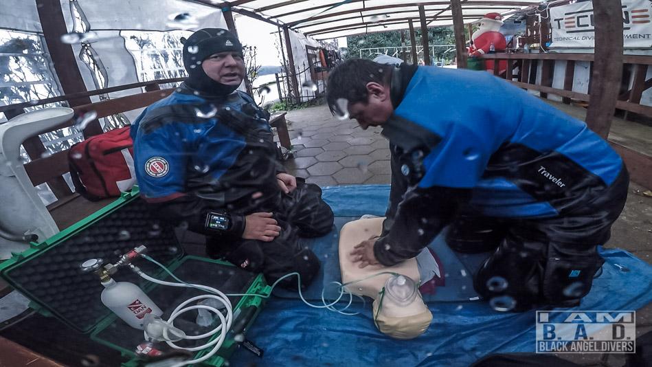 Pierwsza pomoc BLS z wykorzystaniem tlenu