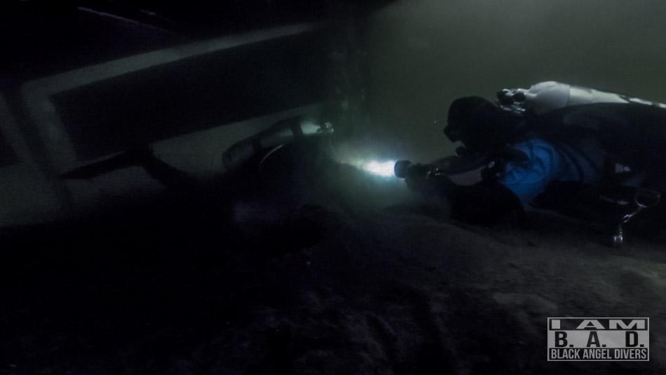 Poszukiwanie i podejmowanie zaginionego nurka podczas kursu Stress & Rescue