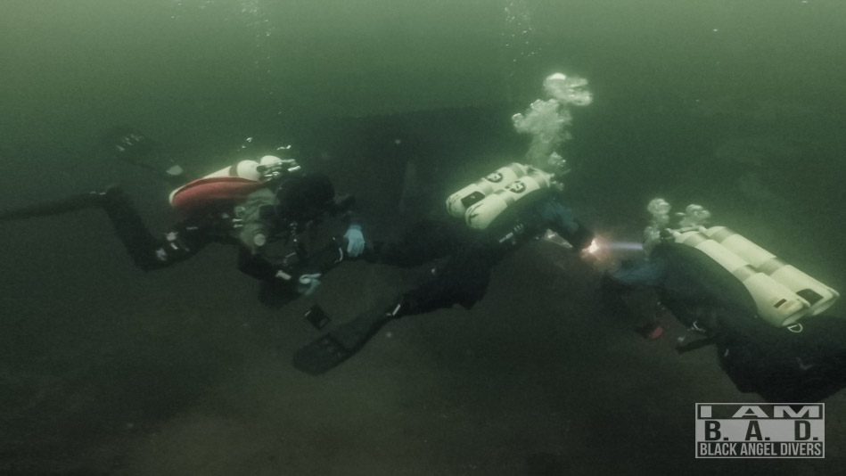 Podwodne problemy - zgubienie płetwy